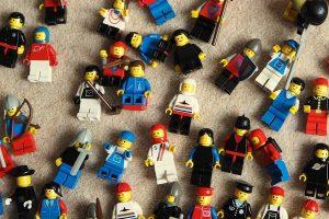 Many lego figures